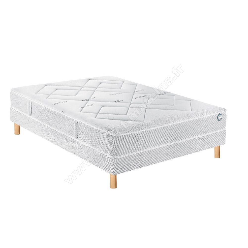 matelas mmoire de forme bultex matelas mmoire de forme kineo sommier massif plots millenium. Black Bedroom Furniture Sets. Home Design Ideas