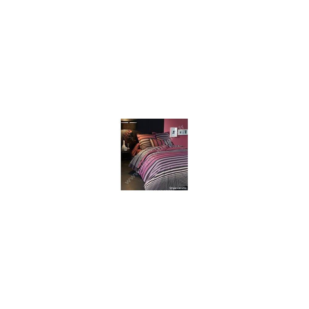 https://www.direct-matelas.fr/7736-thickbox_default/parure-strip-camelia-3-pieces-tradilinge-housse-de-couette-260x240-2-taies-65x65.jpg