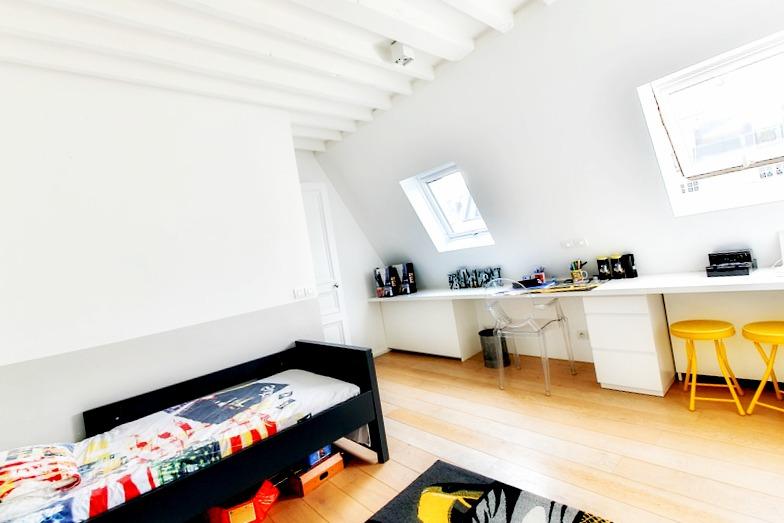 Eviter d'encombrer une petite chambre de mobilier inutile !