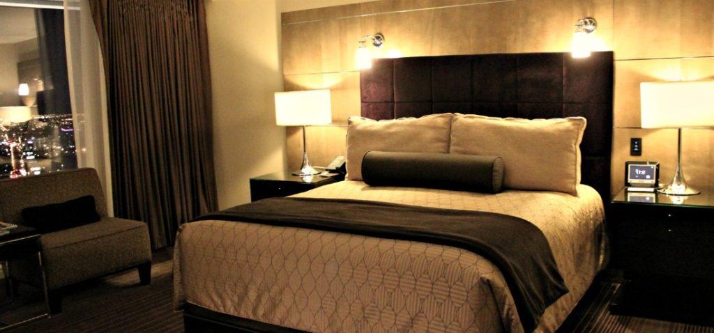 Il existe différents types de matelas, mais le King des lits reste le lit en mousse !